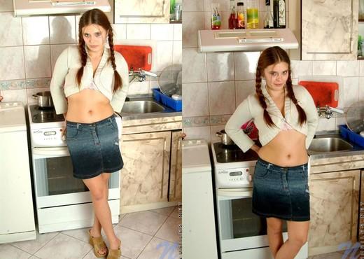 Synthia - Nubiles - Teen Solo - Teen Sexy Gallery