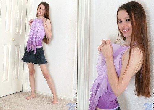 Kennedy - Nubiles - Teen Solo - Teen Nude Pics