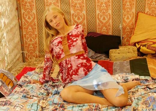 Ljuba - Nubiles - Teen Solo - Teen Picture Gallery