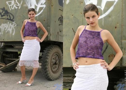 Carolina - Nubiles - Teen Solo - Teen Image Gallery