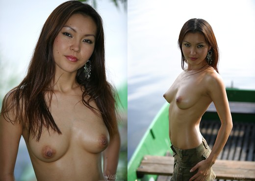 Boat - Agnes - Watch4Beauty - Solo Picture Gallery