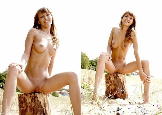 Funny - Alena - Pretty4Ever - Solo Porn Gallery