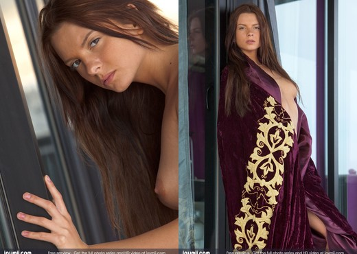 Irresistible - Stacey - Toys Hot Gallery