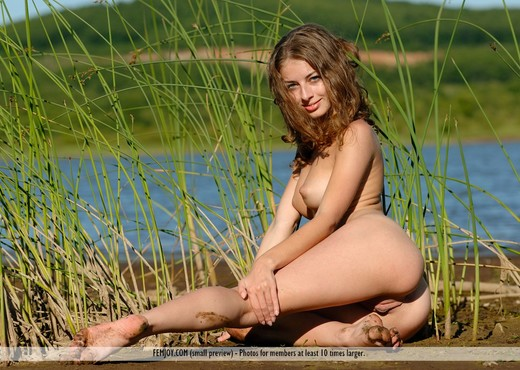 River Of Dreams - Katelin - Solo Nude Gallery
