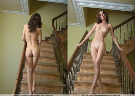 Flowers In The Attic - Jadi - Solo Nude Pics