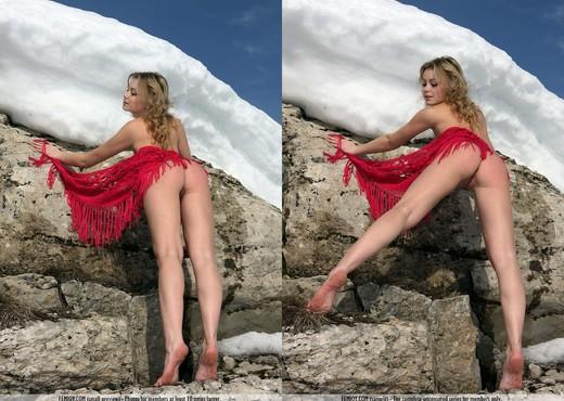 Snowgirl - Abilene - Femjoy - Solo Hot Gallery