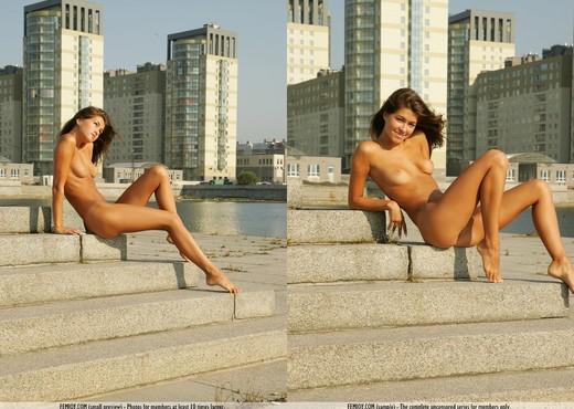 Big City Girl - Anja - Femjoy - Solo Nude Pics