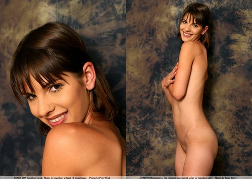 Body Language - Teresa - Solo Picture Gallery