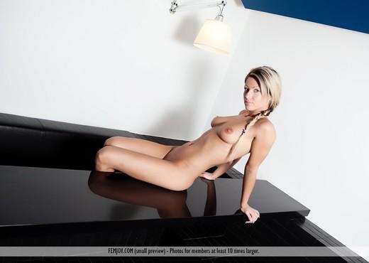 Good Morning - Tea - Femjoy - Solo Porn Gallery