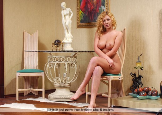 Sunday Morning - Aliona - Solo Nude Gallery
