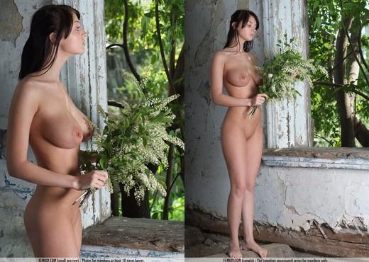 Jasmine - Lin - Femjoy - Solo Nude Gallery