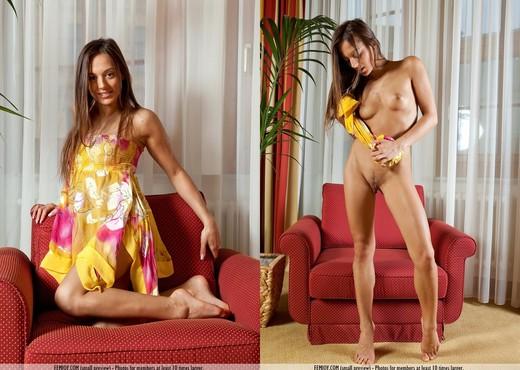 Feel Me - Dominika - Femjoy - Solo Sexy Photo Gallery