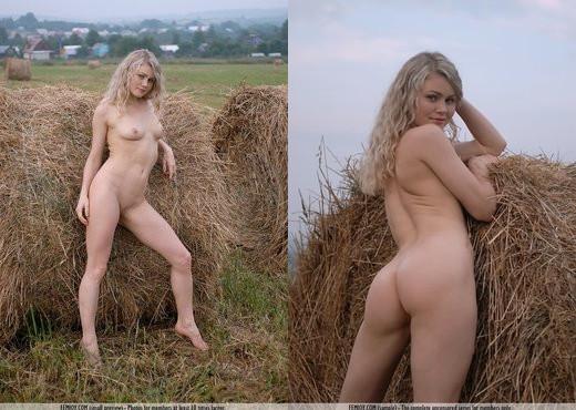 Field Work - Joana - Femjoy - Solo Picture Gallery