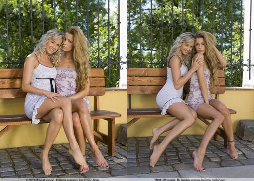 Undress Me - Amandine - Lesbian TGP