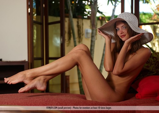 More Than Anything - Amelie - Solo HD Gallery