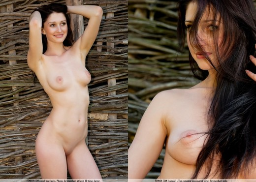 Find Out - Renata D. - Femjoy - Solo Porn Gallery