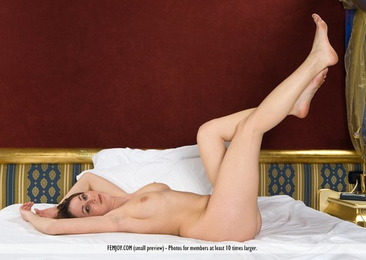The Suite - Chalice - Femjoy - Solo HD Gallery