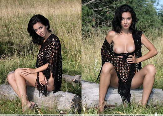 Back To Black - Vic E. - Solo Hot Gallery