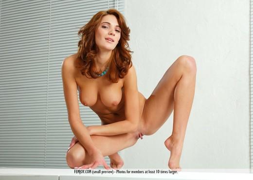 Premiere - Petra G. - Femjoy - Solo Nude Pics