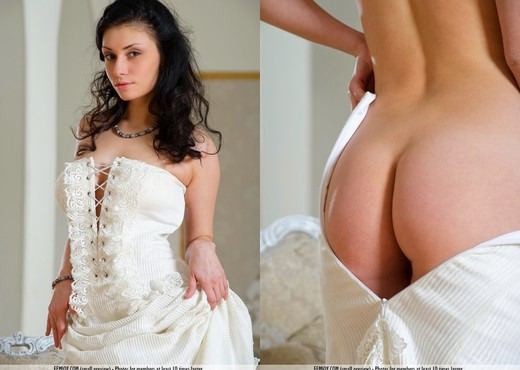 Surprise - Mira M. - Femjoy - Solo HD Gallery