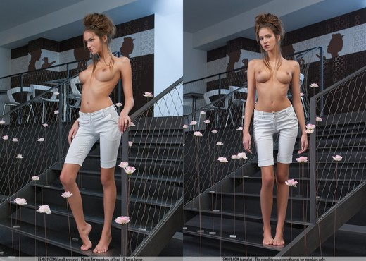 Love - Simona - Femjoy - Solo Picture Gallery