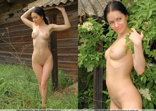 Mountain Cabin - Marliece - Solo Porn Gallery