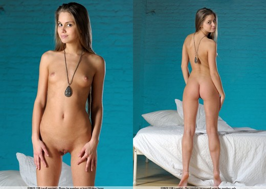 Studio - Alice V. - Femjoy - Solo Nude Pics