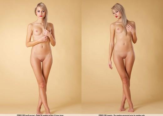 Welcome - Laura J. - Femjoy - Solo HD Gallery