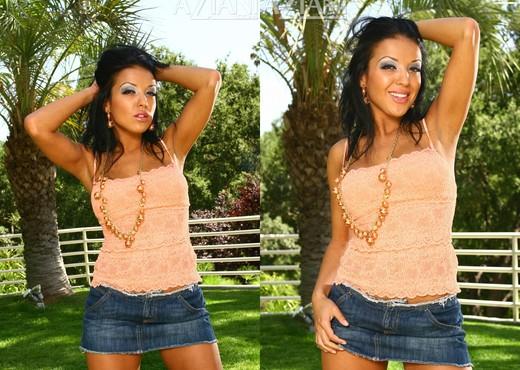 Maya Gates - Aziani - Solo Nude Pics