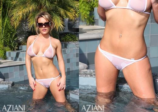 Megan Monroe - Aziani - Solo Sexy Gallery
