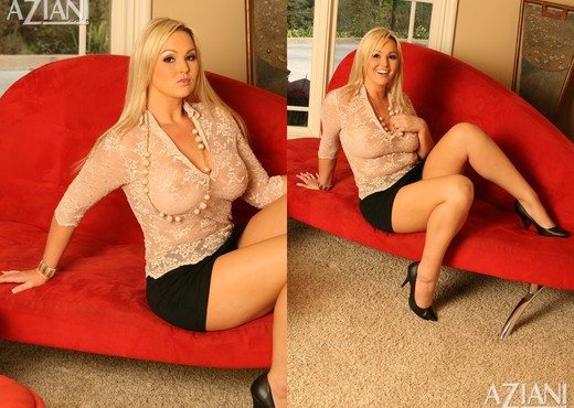 Abbey Brooks - Aziani - Toys Sexy Gallery