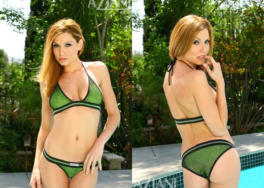 Jamie Lynn in Bikini - Aziani - Solo Nude Pics