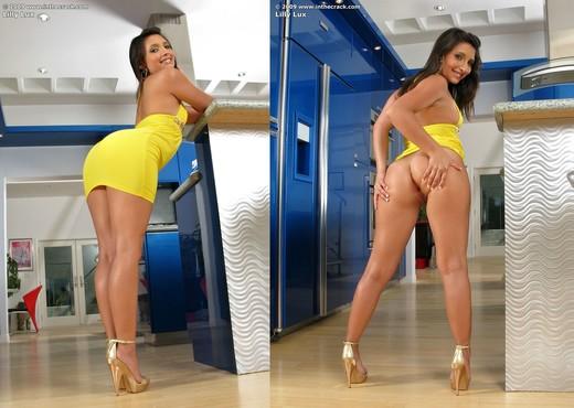 Lilly Lux - InTheCrack - Pornstars Porn Gallery