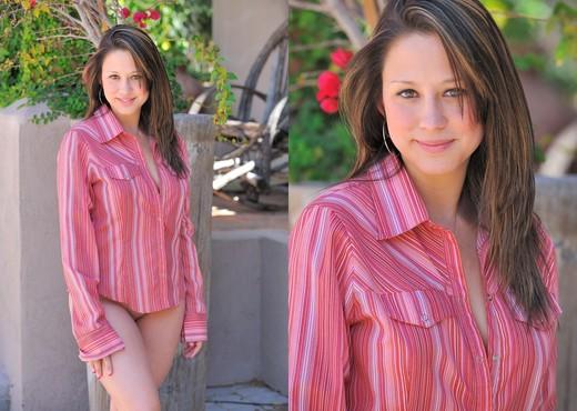 Paula - FTV Girls - Solo Image Gallery