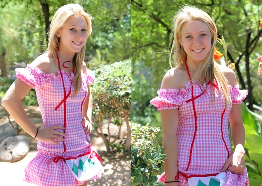 Alanna - blonde schoolgirl outdoors naked - Solo Image Gallery