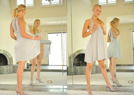 Liz - FTV Girls - Solo Image Gallery