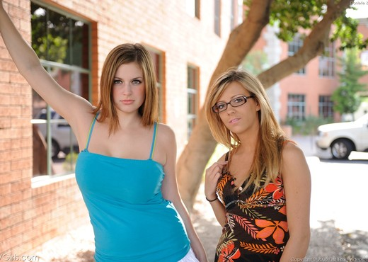 Danielle & Leslie - FTV Girls - Lesbian Nude Pics
