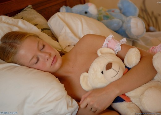 Katelynn - FTV Girls - Solo Nude Pics