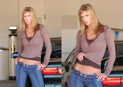 Brooke - FTV Girls - Solo Nude Pics
