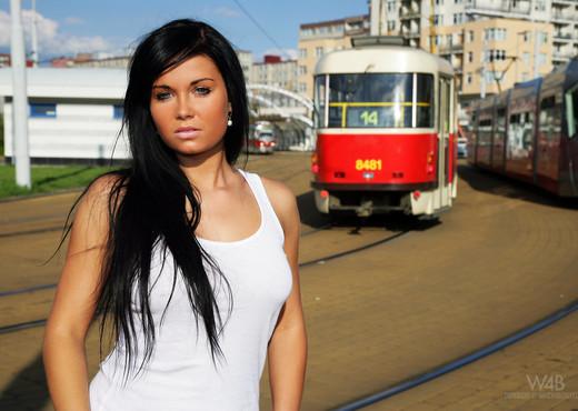 Tram 14 - Florencia - Watch4Beauty - Solo Hot Gallery
