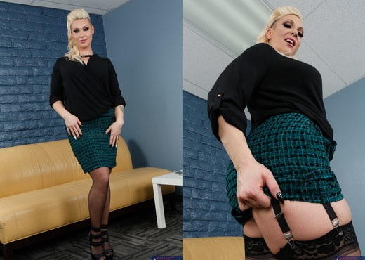 CJ Jean - Naughty Office - Hardcore TGP
