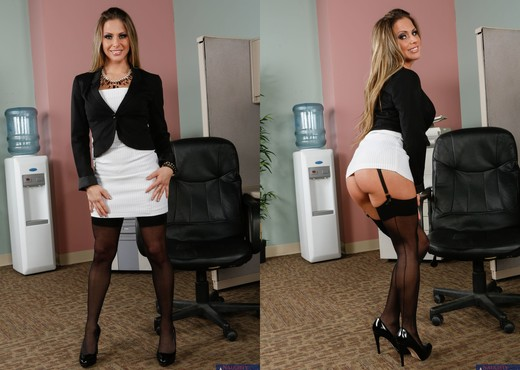 Rachel Roxxx - Naughty Office - Hardcore HD Gallery