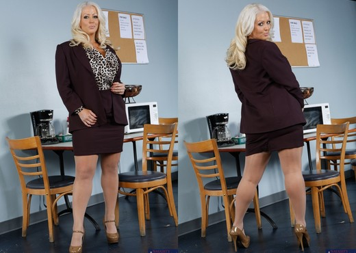 Alura Jenson - My First Sex Teacher - MILF Sexy Gallery