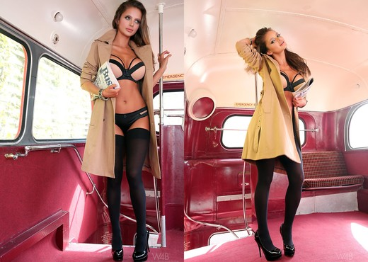 Double Decker - Dana Harem - Solo Sexy Photo Gallery