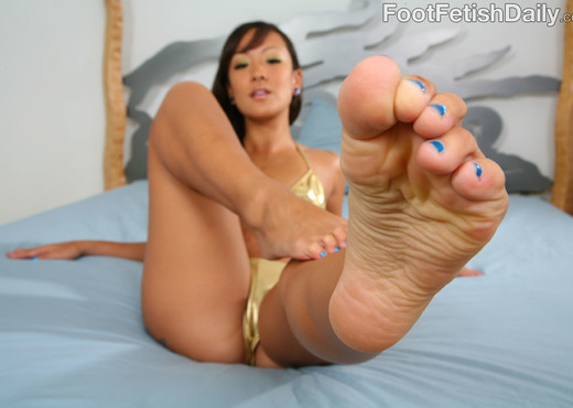 Jandi Lin Submissive Asian Feet - Asian Image Gallery