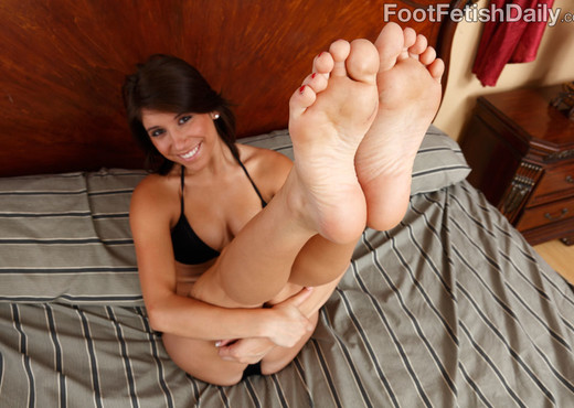 Miley Ann Hardcore Foot Fetish Pictures - Hardcore Picture Gallery