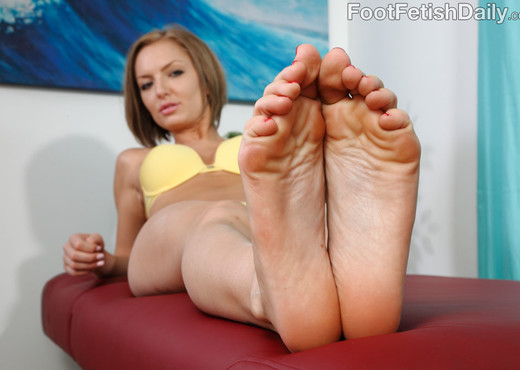 Taylor Tilden - Foot Fetish Daily - Hardcore Porn Gallery