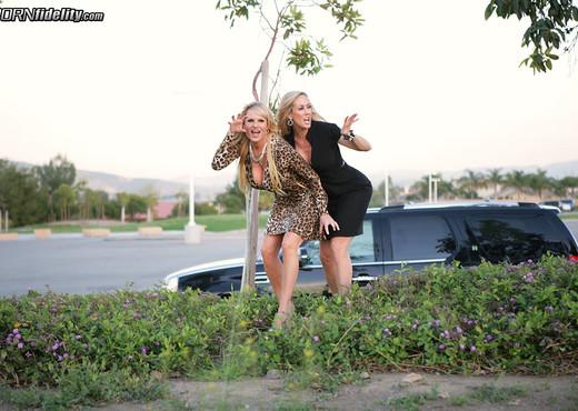 Cougar Cunts - Brandi Love - MILF Sexy Photo Gallery