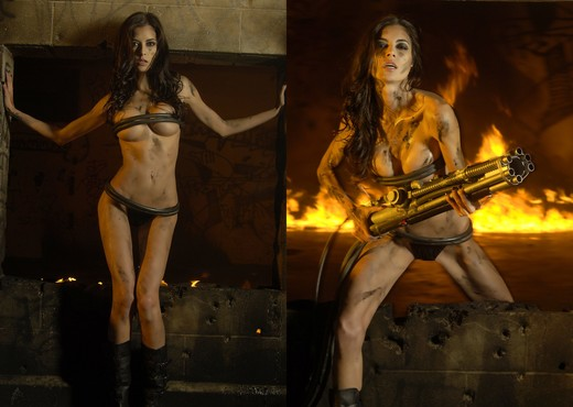 LeeAnna Vamp - Actiongirls - Solo Picture Gallery