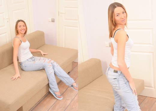 Niki - Karup's Private Collection - Solo Hot Gallery